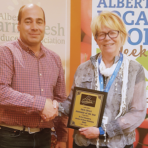 "DNA Gardens wins Alberta Farm Fresh Producers Association's ""Innovator of the Year"" award"