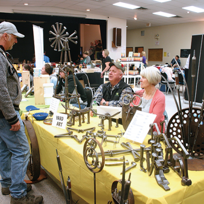 Crowds all day long for Linden Fall Fair